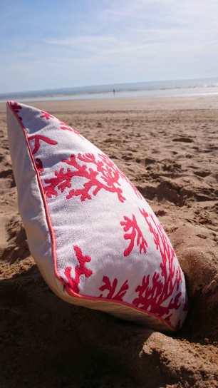 coussin-corail-plage